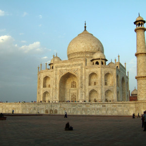 Agra-Taj-Mahal-Mausoleum-architecture-Apr-2008-04